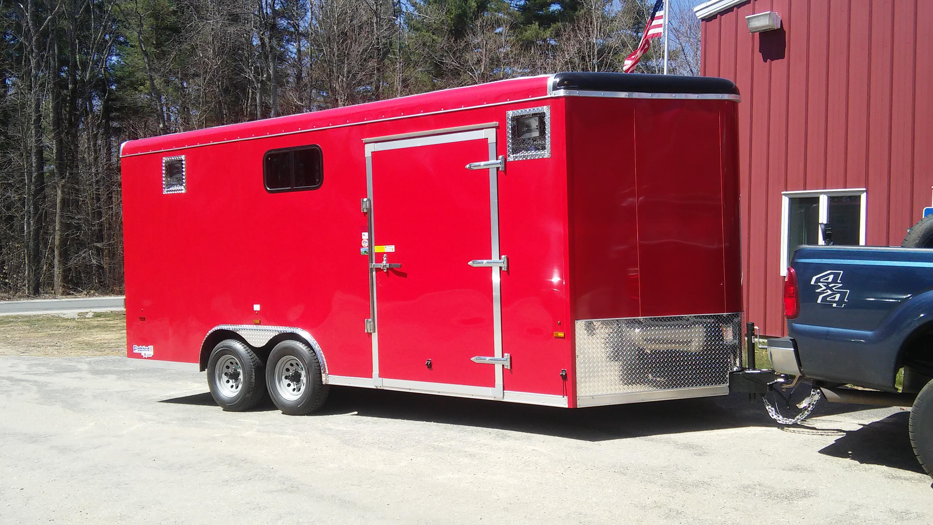 http://plainfield-ma.us/library/PVFD-2015-rescue-trailer.jpg